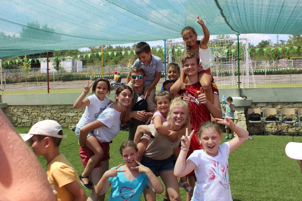 25 jaar: Jongerenreizen naar Moldavië